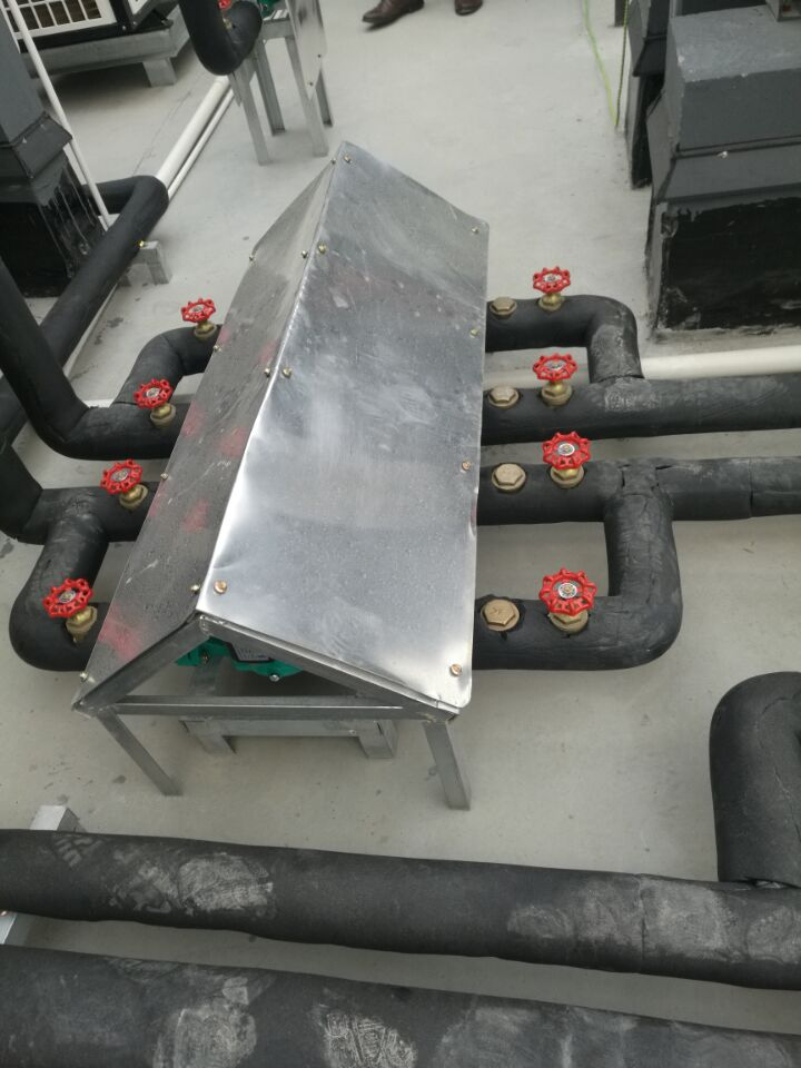 40吨医院太阳能热水工程水泵